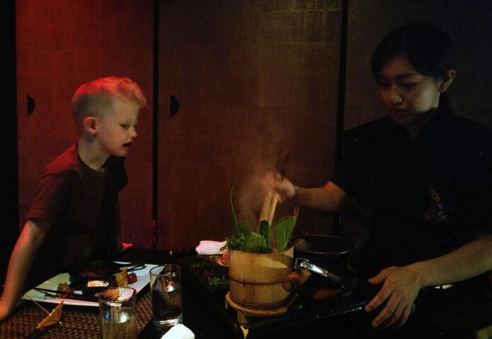 Ninja Akasaka dinner, Themed Dinner, Tokyo themed dinner, themed dinner restaurant, diapersonaplane, Diapers On A Plane, Traveling with Kids, Family Travel, Ninja