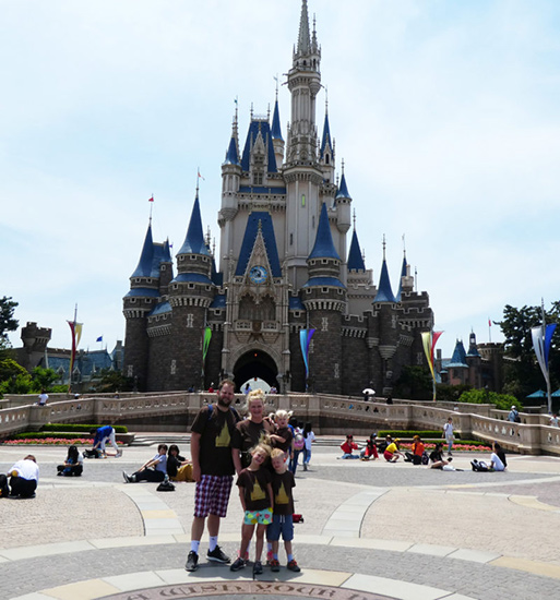 Tokyo Disneyland Best Disneyland in the World