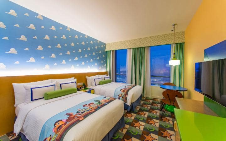Toy Story Hotel Room, Toy Story Hotel, Shanghai Disneyland, Mickey Mouse, Family Travel, Traveling with Kids