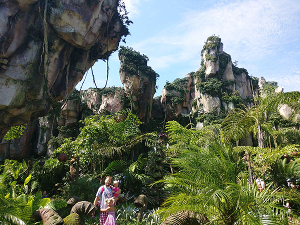 Pandora, Walt Disney World, Animal Kingdom, Avatar, diapersonaplane, disney, Diapers On A Plane, family travel, creating family memories, traveling with kids