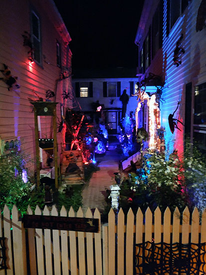 Salem, Massachusetts, Tales & Tombstones, Haunted Trolley Ride, creating family memories, family travel, traveling with kids,
