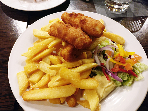 Surf and Turf, Kirkenes, Norway, Restaurant, Seafood, American, Winter in Norway, Christmas in Norway, diapersonaplane, diapers on a plane, traveling with kids, creating family memories, family travel, misadventures flying standby