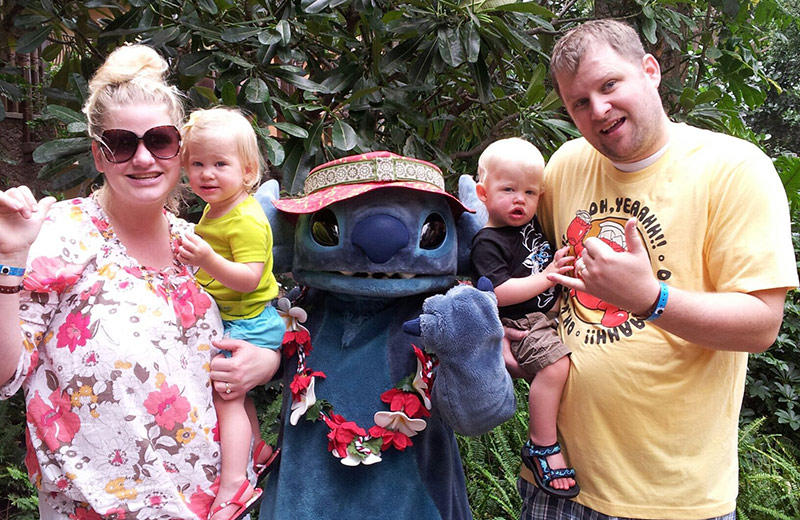 Mom and Dad Twins with Stitch at Aulani
